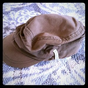 Billabong ruched hat